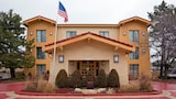 Choose This 2 Star Hotel In Oakbrook Terrace