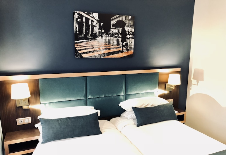 Best Western Empire Elysees, Paris, Classic Room, 2 Twin Beds, Guest Room