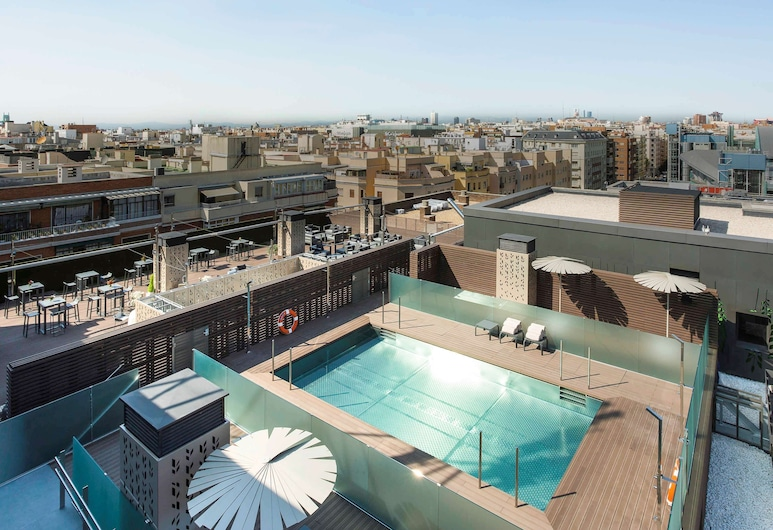 Novotel Madrid Center, Madrid, Piscine