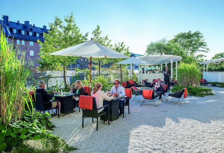Elite Hotel Arcadia, Estocolmo, Jardín