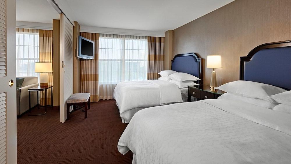 Sheraton Suites Galleria Atlanta Atlanta Suite Multiple