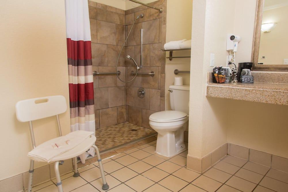 Paaugstināta komforta numurs, 1 divguļamā karaļa gulta, nesmēķētājiem (Roll-In Shower) - Vannasistaba