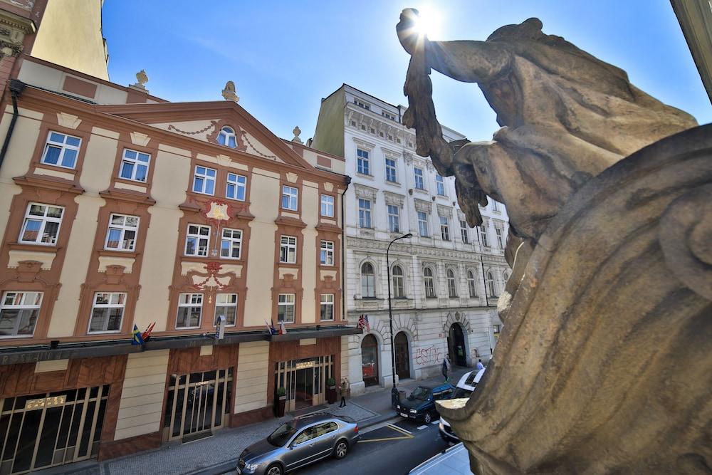 Best Western Plus Hotel Meteor Plaza, Prague