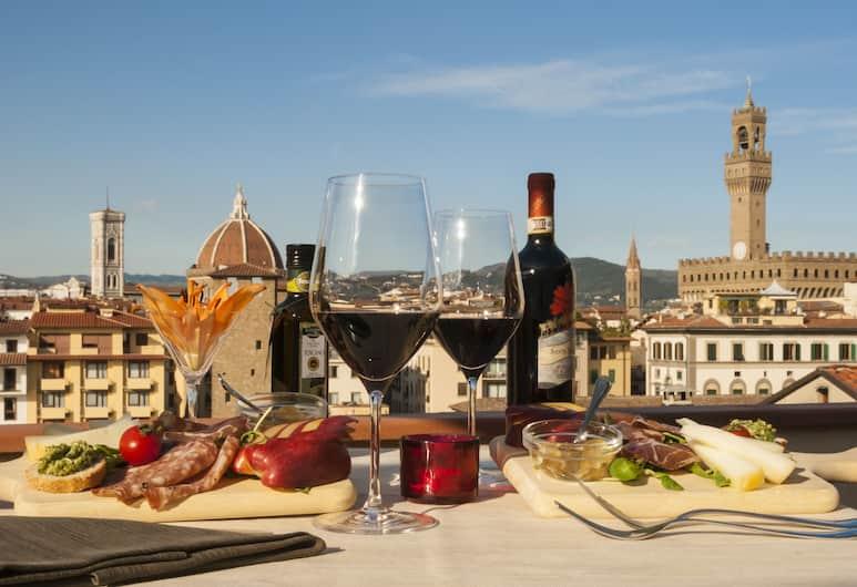 Hotel Pitti Palace al Ponte Vecchio, Firenca, Hotelski bar