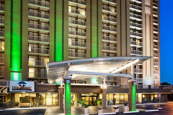 Enter your dates to get the Nashville hotel deal