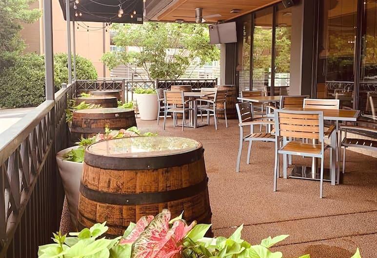 Holiday Inn Nashville - Vanderbilt - Dwtn, Nashville, Terasa restaurace