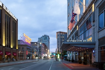 Picture of Wyndham Cleveland at Playhouse Square in Cleveland
