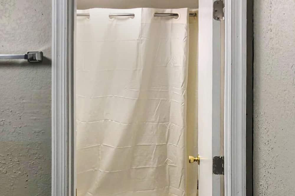 客房, 1 張加大雙人床 - 浴室