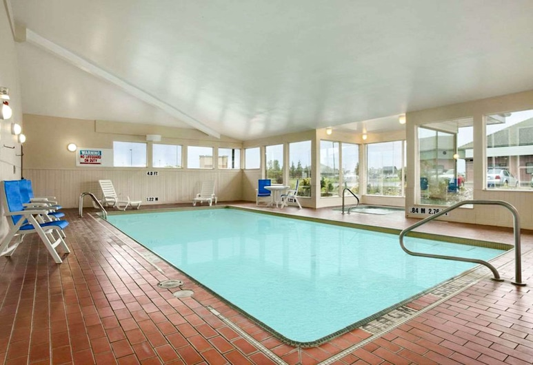 Quality Inn, North Bay, Pool