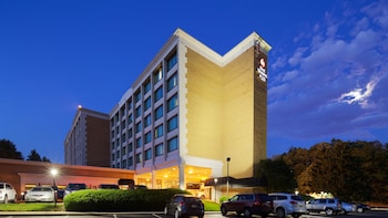 Picture of Best Western Plus Rockville Hotel & Suites in Rockville
