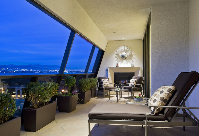 Sofitel LA at Beverly Hills, Los Angeles, Presidential Suite, 1 King Bed, Balcony, View, Guest Room