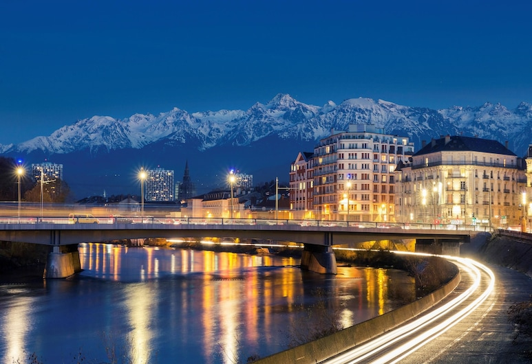Ibis Grenoble Centre Bastille, Grenoble, Hotelfassade