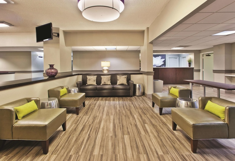 La Quinta Inn & Suites by Wyndham Charleston Riverview, Charleston, Hall