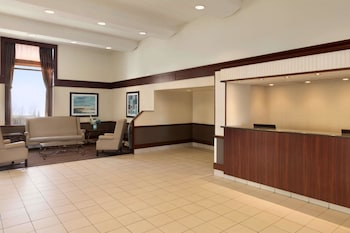 Picture of Travelodge by Wyndham Edmonton South in Edmonton