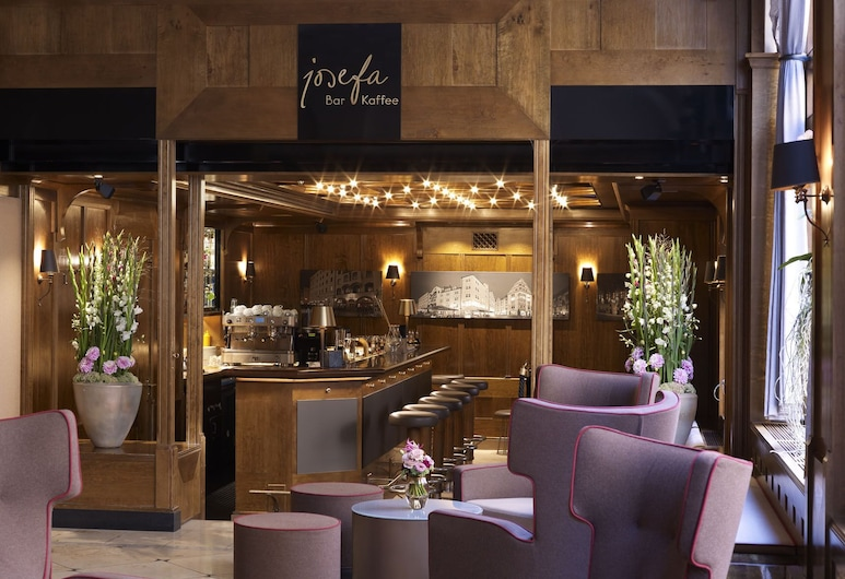 Platzl Hotel, Munich, Hotel Bar