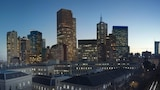 Choose This Business Hotel in Melbourne -  - Online Room Reservations