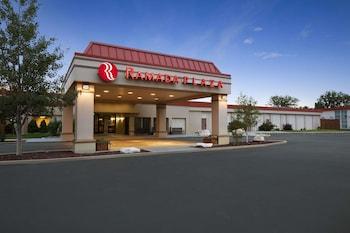 Picture of Ramada Plaza & Conference Center by Wyndham Casper in Casper