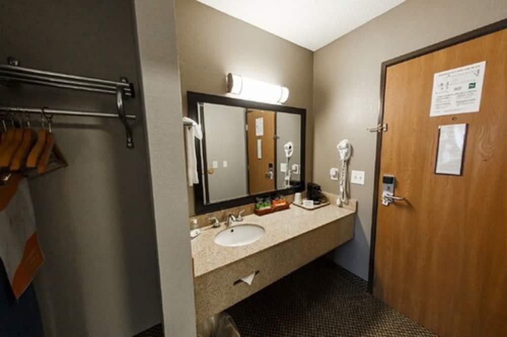 Habitación estándar, 1 cama King size, para no fumadores - Lavabo en el baño