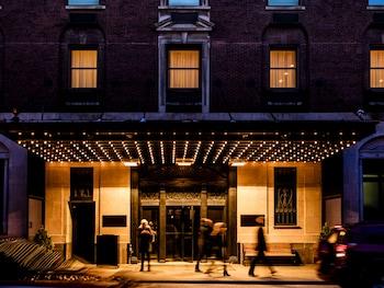 Picture of Ambassador Chicago, part of JdV by Hyatt in Chicago