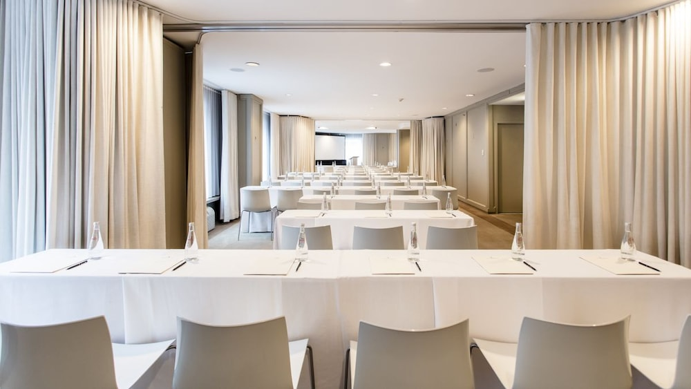 Book Ambassador Chicago In Chicago Hotels Fascinating Chicago Private Dining Rooms Minimalist