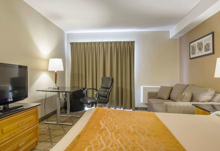 Comfort Inn Amherst, Amherst, Standard Room, 1 Queen Bed with Sofa bed, Non Smoking, Guest Room