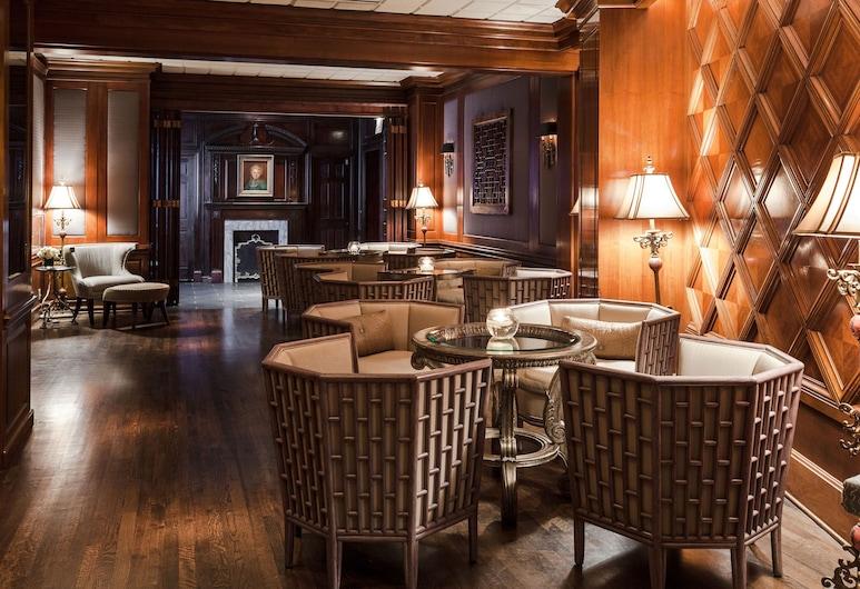 The Whitehall Hotel, Chicago, Sittområde i lobbyn