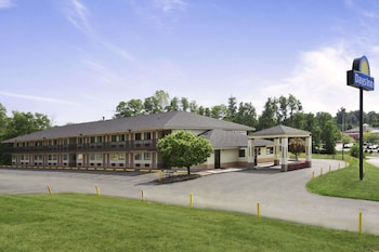 Hotels In Cloverdale