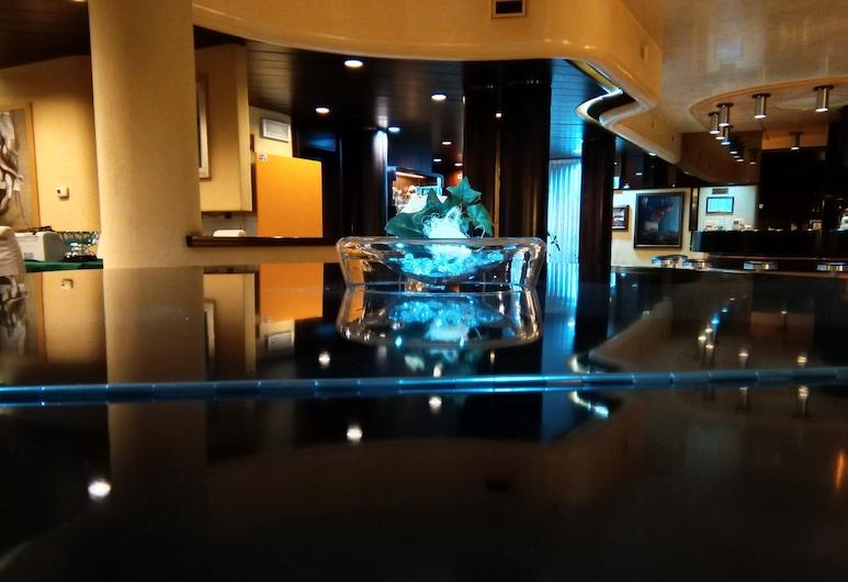 Michelangelo Venice Hotel, Mestre, Sala de estar en el lobby