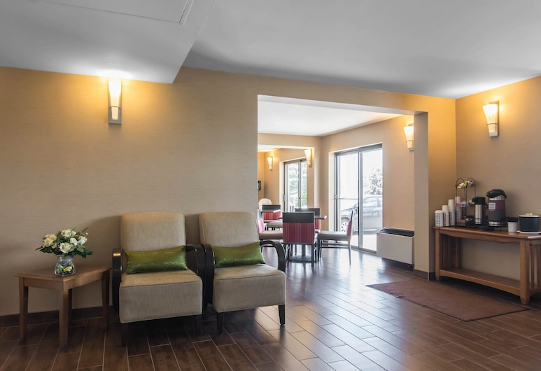 Comfort Inn Dartmouth, Dartmouth, Lobby