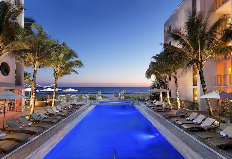 Costa d'Este Beach Resort and Spa, Vero Beach, Alberca infinita
