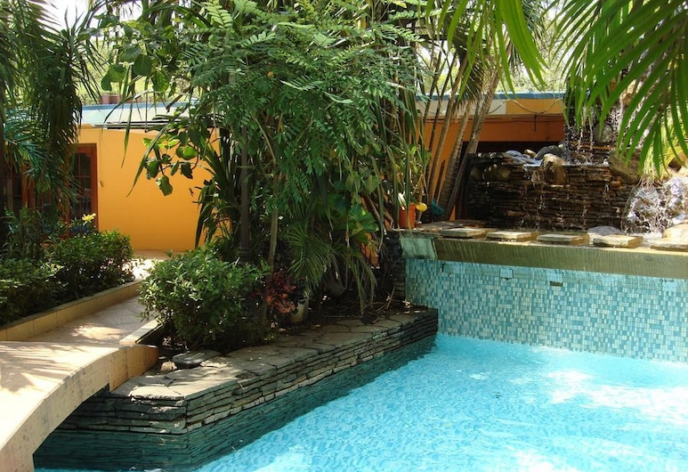 Gran Hotel Sula, San Pedro Sula, Z zewnątrz