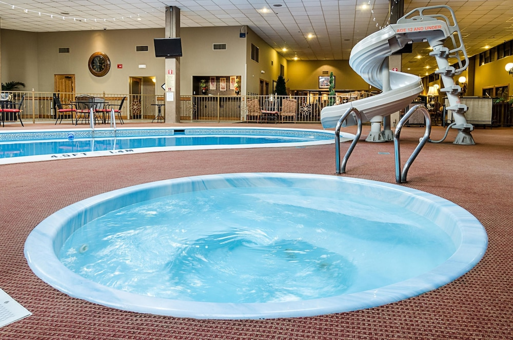 Perfect Clarion Inn, Garden City, Pool Amazing Pictures