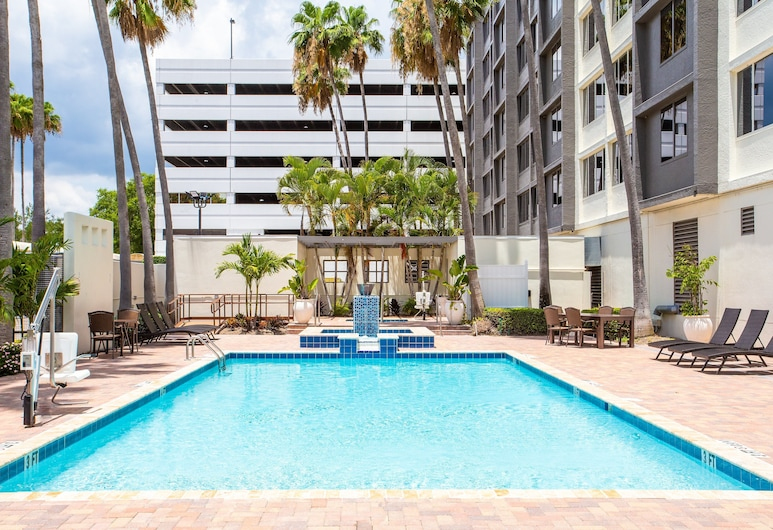 Holiday Inn Tampa Westshore - Airport Area, Tampa, Pool