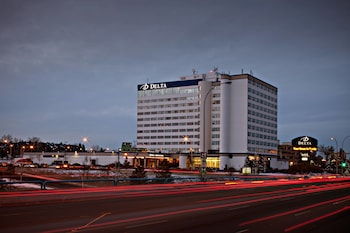Picture of Delta Hotels by Marriott Edmonton South Conference Centre in Edmonton