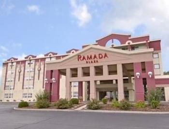 Hình ảnh Ramada Plaza Green Bay tại Vịnh Green