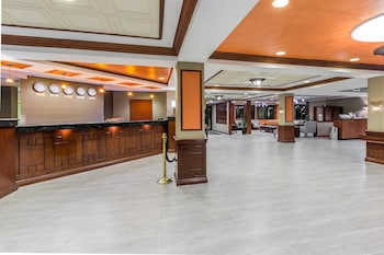 Enter your dates to get the Newark hotel deal