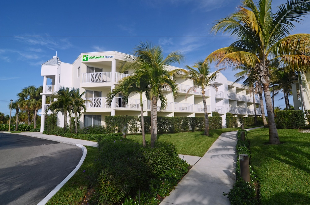 Holiday Inn Express North Palm Beach Oceanview Juno