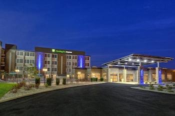תמונה של Holiday Inn Express Louisville Airport Expo Center, an IHG Hotel בלואיוויל