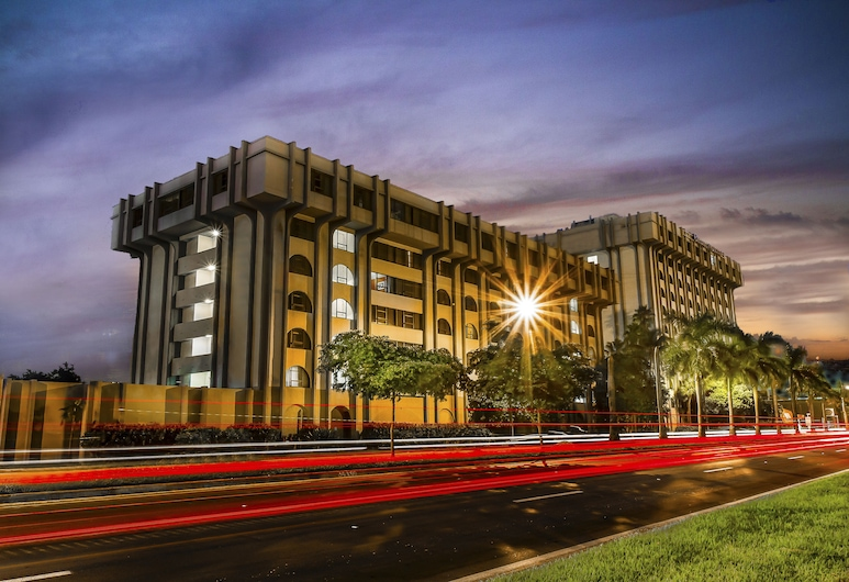 Clarion Inn & Suites Miami International Airport, Miami Springs, Exteriér