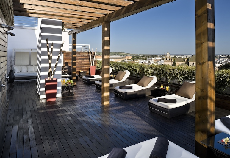 Hotel Colón Gran Meliá - The Leading Hotels of the World, Sevilla, Terrasse/veranda