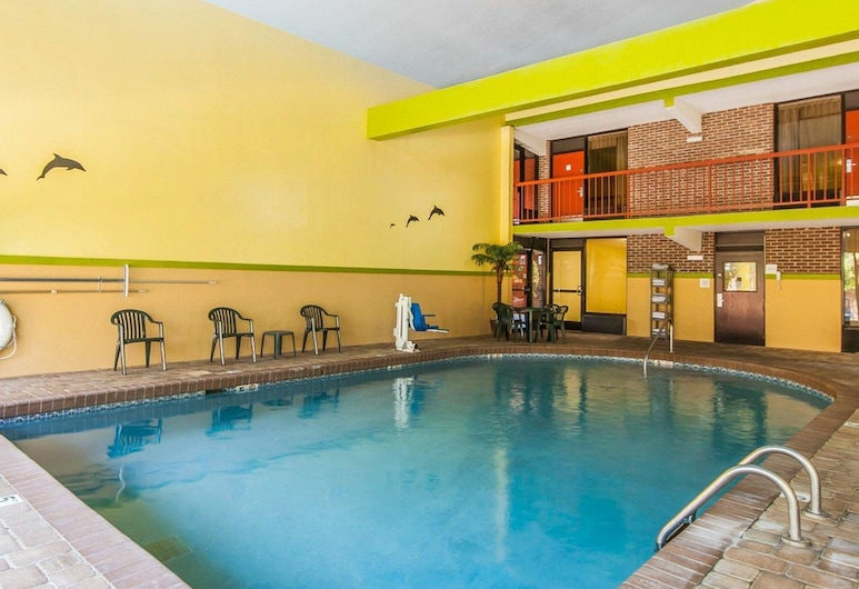 Quality Inn West, Sweetwater, Piscina
