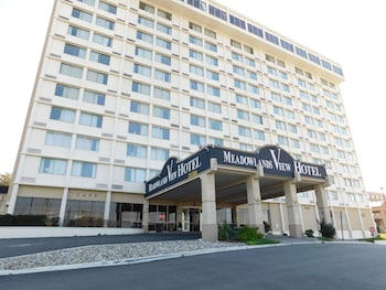 Picture of Meadowlands View Hotel in North Bergen