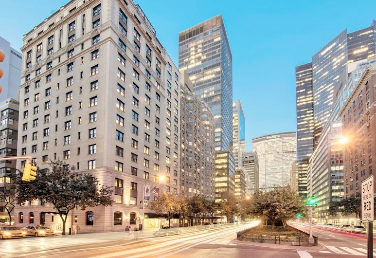 Iberostar 70 Park Avenue, New York, Voorkant hotel - avond/nacht