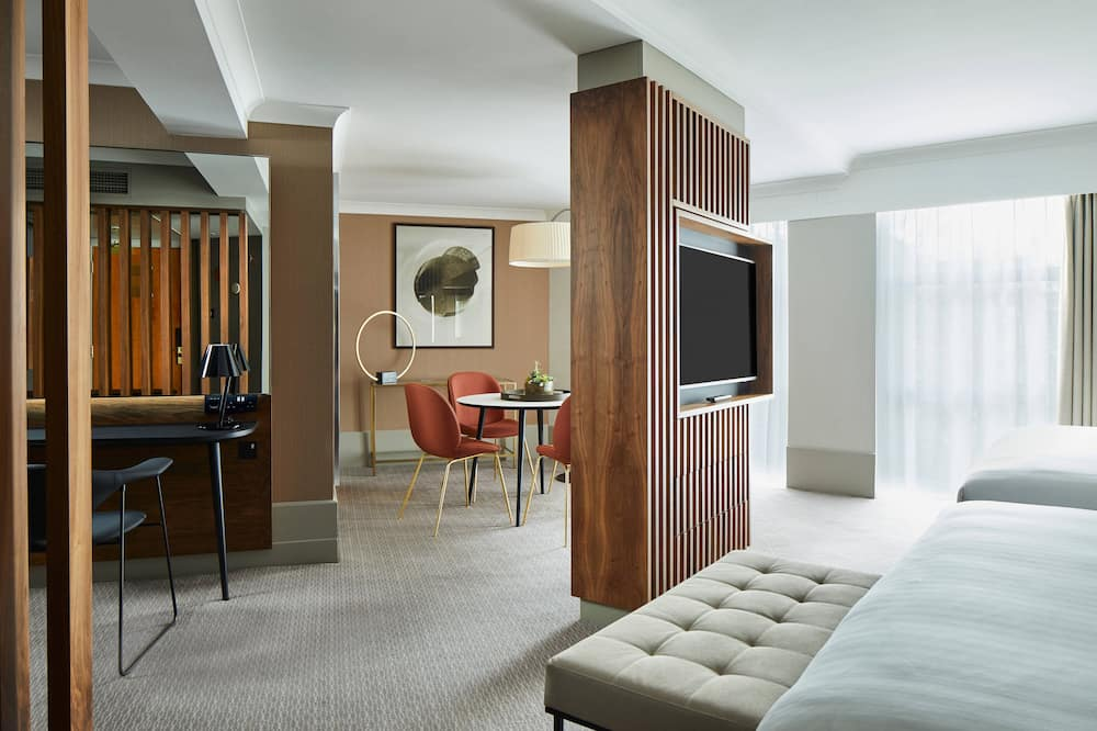 Junior Suite, Multiple Beds, Non Smoking - Guest Room