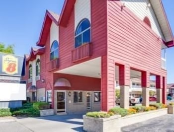 Picture of Super 8 Mackinaw City/Beachfront Area in Mackinaw City