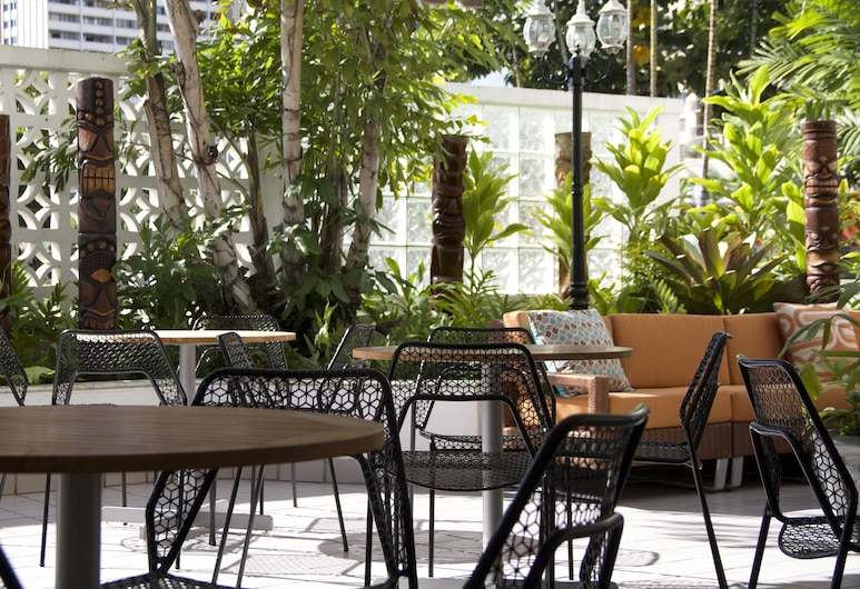 AquaOasis, Honolulu, Dining