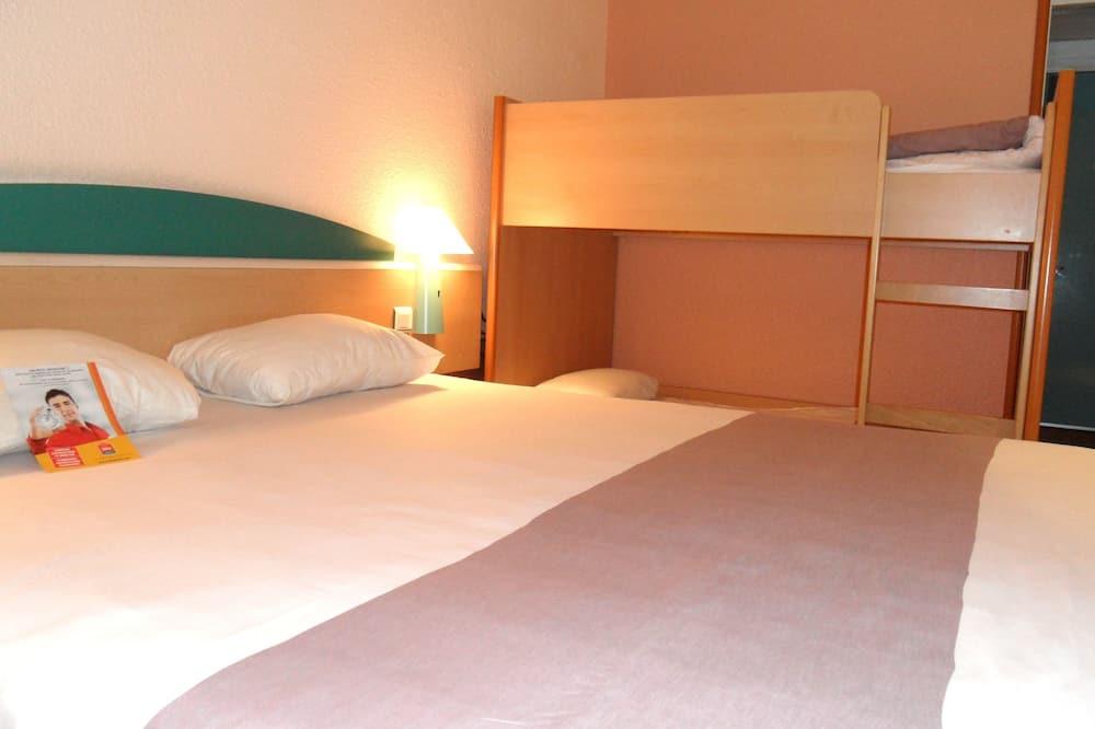 Standard Twin Room, Multiple Beds - Children's Theme Room
