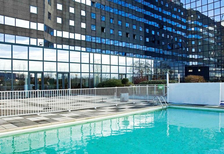 宜必思瓦里诺西马恩酒店, 诺瓦齐勒格朗, 游泳池