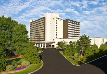 Picture of Courtyard by Marriott Boston Logan Airport in Boston