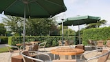 Choose This Mid-Range Hotel in Beauvais
